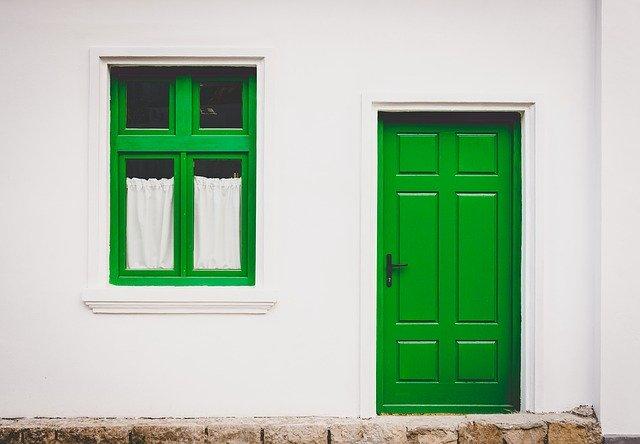 Czy wydatki na własne cele mieszkaniowe można sfinansować z otrzymanego zadatku?