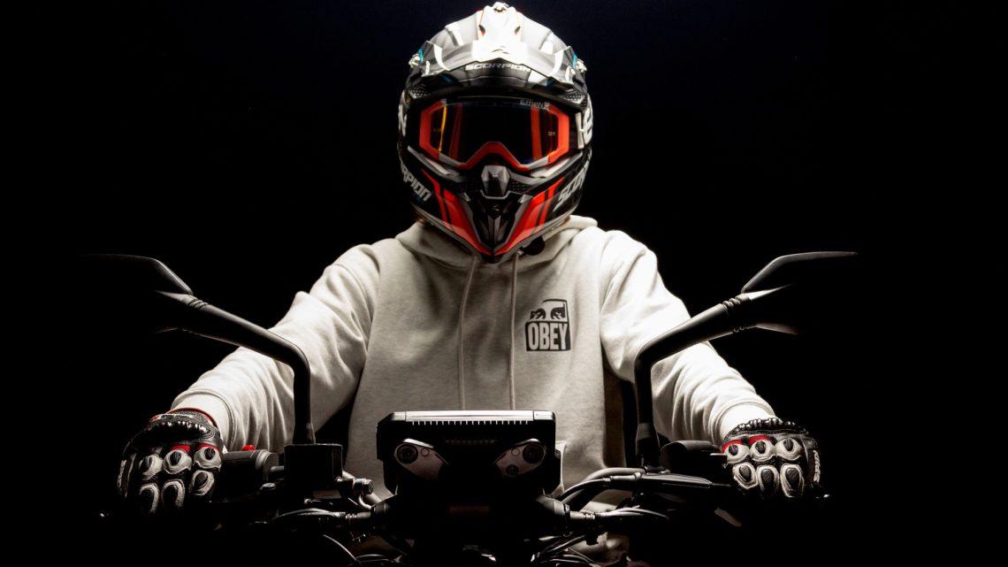 Wydatki na kask i odzież ochronną do jazdy motocyklem stanowią koszty uzyskania przychodów.